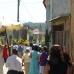 processie in straatje