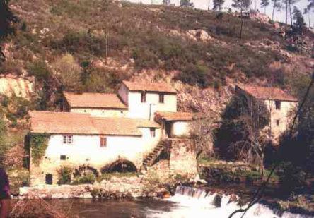 watermolens bij Fontão