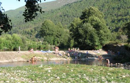 Het rivierstrandje van Alvoco das Varzeas