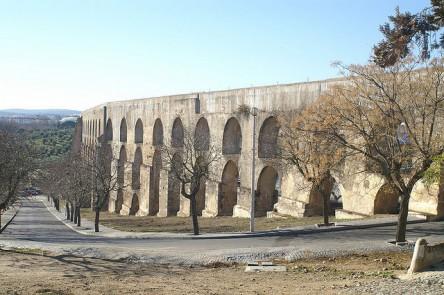 Het aquaduct van Elvas. Foto: Jose Villena