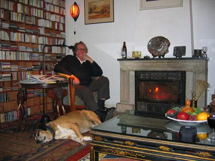 Gerrit Komrij thuis in Portugal