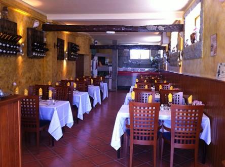 Het interieur van restaurant Passie Paixão