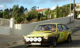 antieke raceauto in Portugal