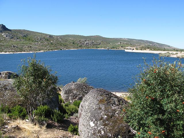 Vale do Rossim, het hoogste bergmeer van Portugal