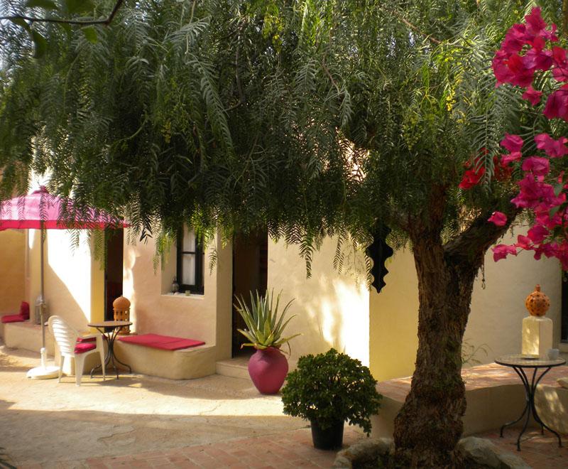 Bed and Breakfast Algarve Portugal O Tartufo, binnenplaats