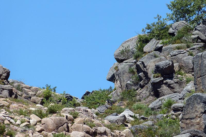 wandeling-Peneda-Geres-rotsen