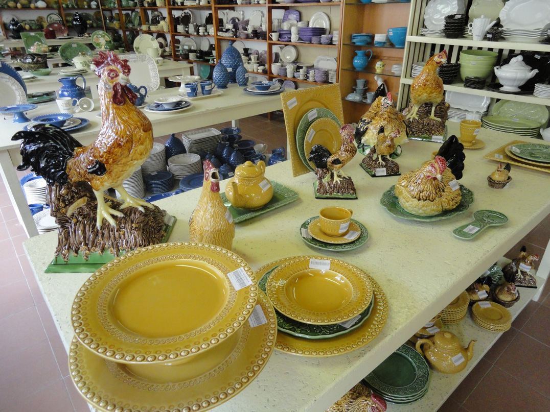 winkel met Bordallo Pinheiro keramiek