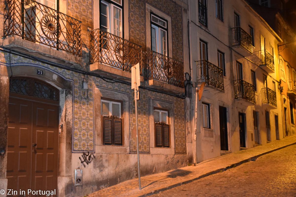 Lissabon waan je je in het oude gedeelte soms in een ander tijdperk.
