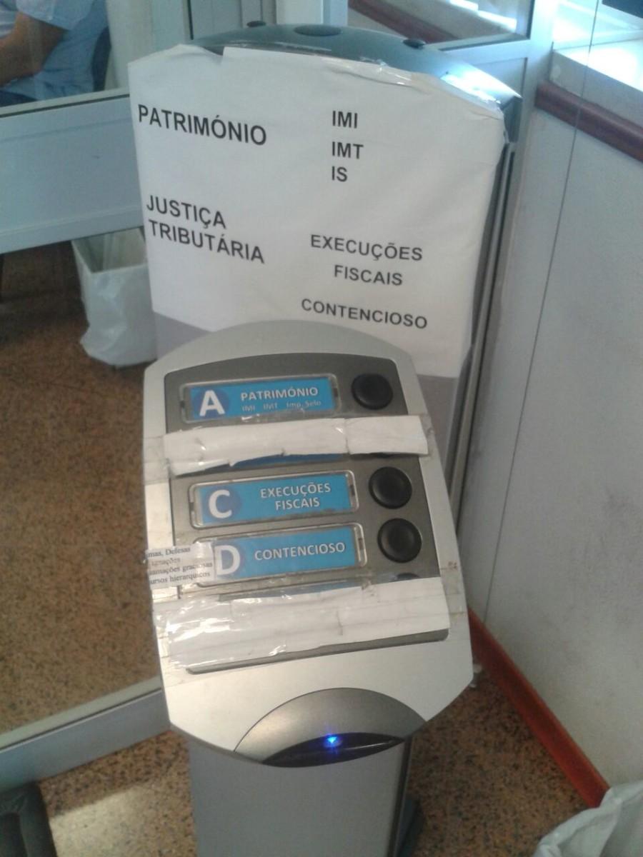 automaat voor tickets bij de belastingdienst in Portugal