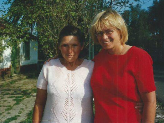 een jonge senhora Dulce en een vriendin