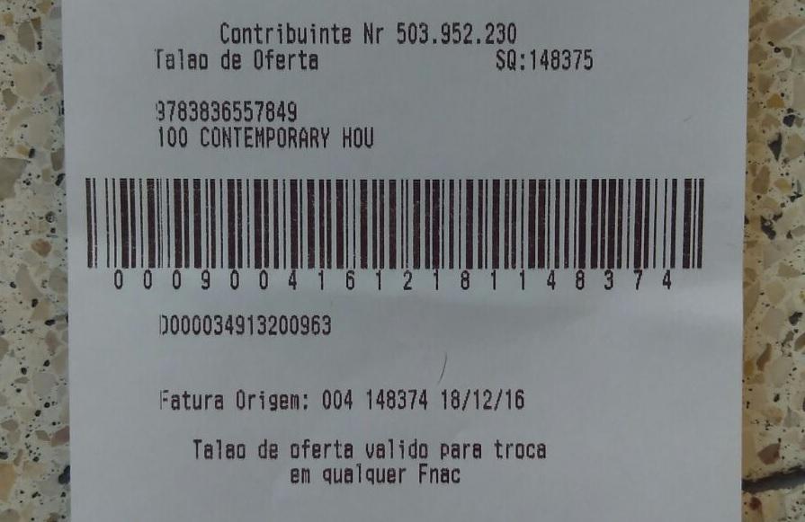 Op een ruilbonnetje moet je zoeken naar de artikelomschrijving en het bedrag staat er zeker niet op. Alles zit verstopt in de barcode. Foto: Cees Groenewegen