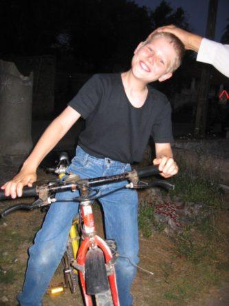 Jongetje op zijn fiets