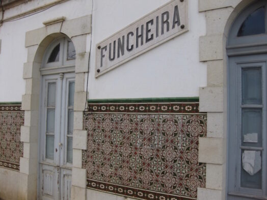 Bord met aanduiding Funcheira