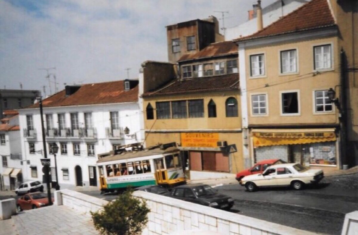 Karakteristiek trammetje in Lissabon