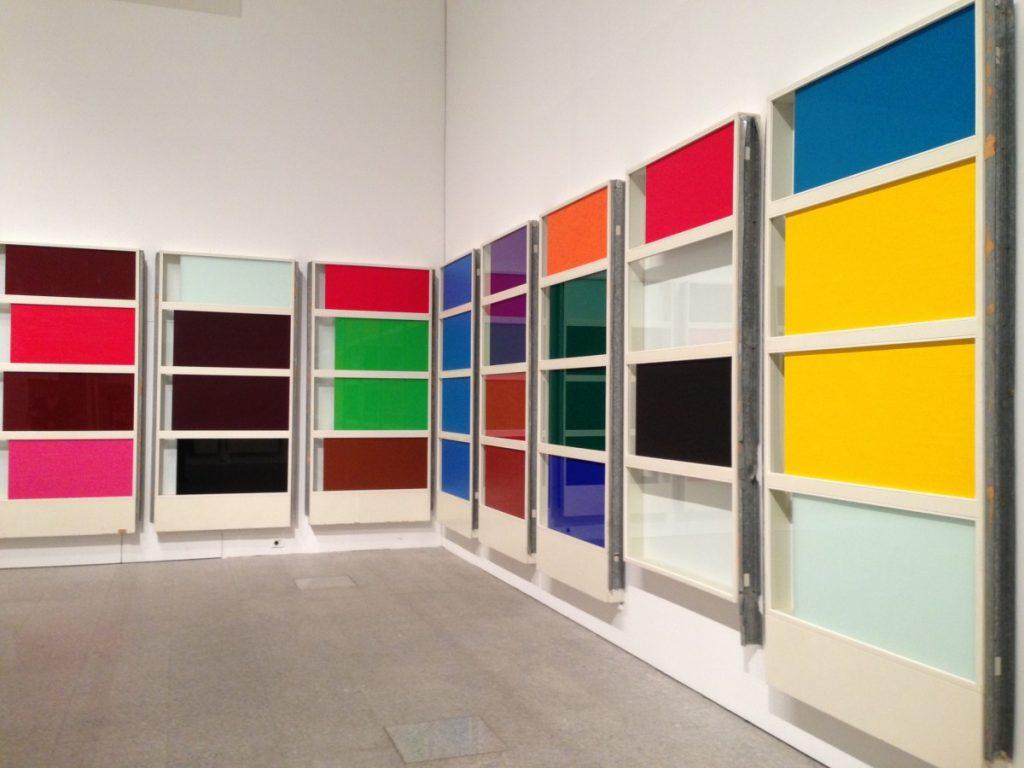 Kleurige panelen van Pedro Cabrita Reis