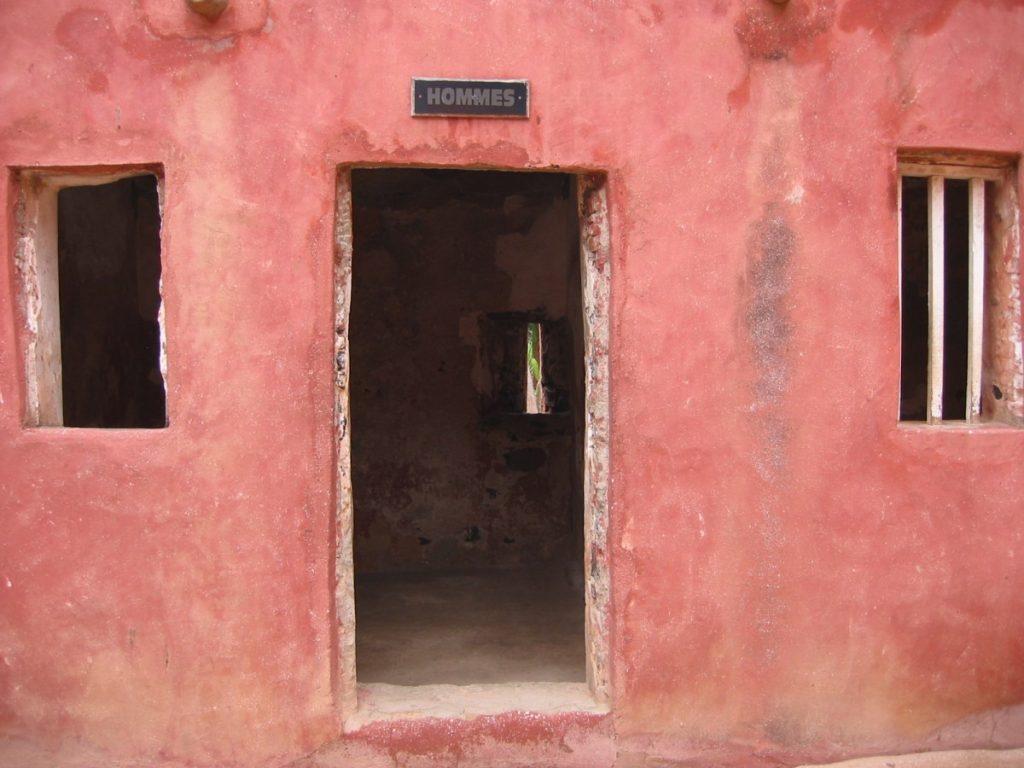 Slaven mannenverblijf op het Senegalese eiland Guinée