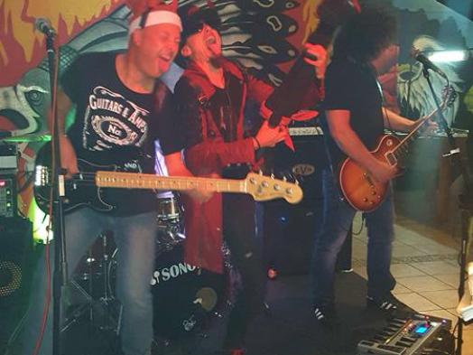 Diébband live concert in Guia in de Algarve