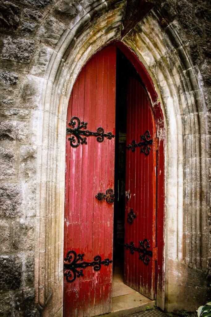 A porta esta aberta
