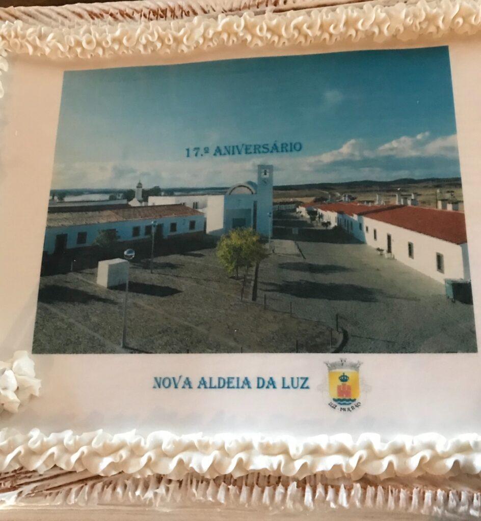 Verjaarstaart Nova Aldeia da Luz