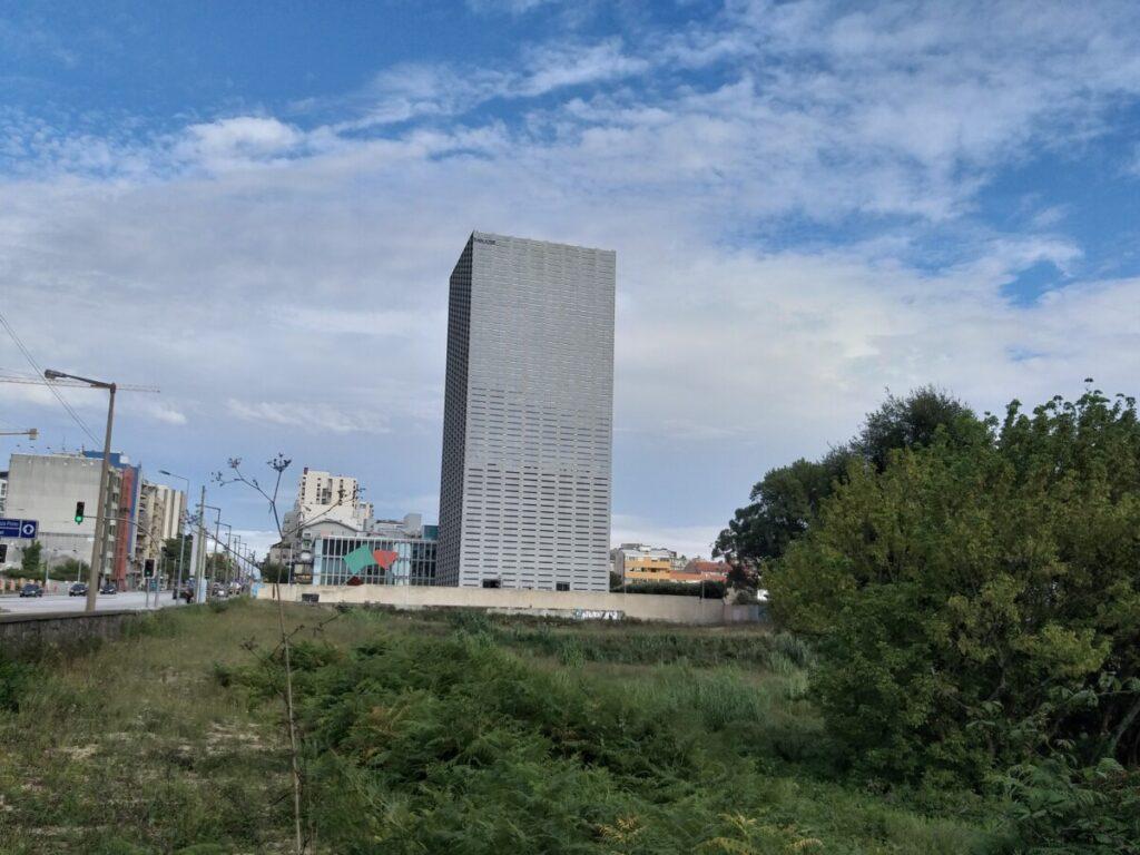 Foto westgevel torre de Burgo