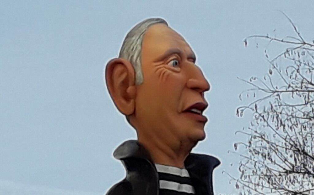 Karikatuur-buste van president van Portugal Marcelo Rebelo de Sousa tijdens het carnaval in Loulé in 2019