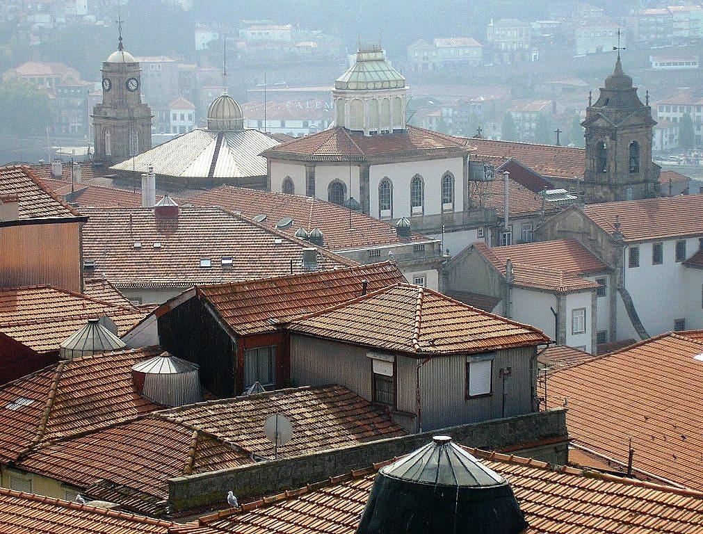 dakramen in Porto