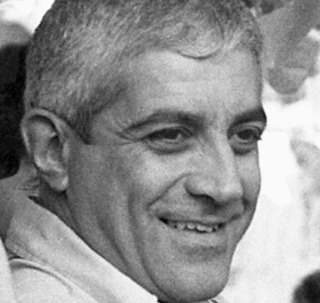 portret van Otelo Saraiva de Carvalho 1976